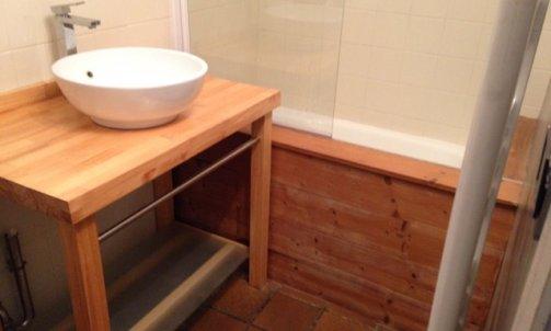 Avant salle de bain VALCENIS LANSLEVILLARD