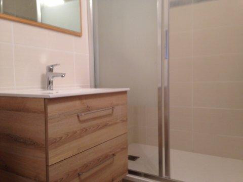 salle de bain à 73480 VALCENIS LANSLEVILLARD