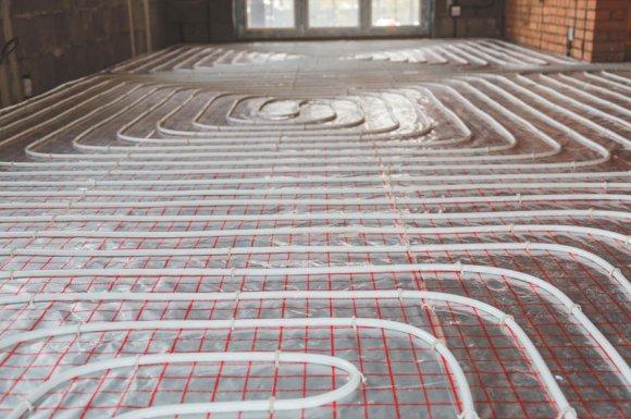 Chauffagiste pour le désembouage de plancher chauffant dans une maison récente à Saint-André