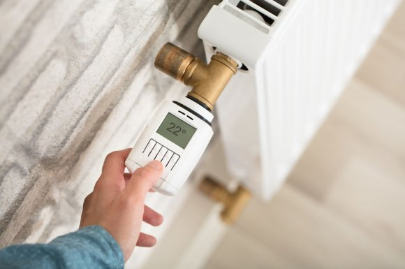 Société spécialisée dans le désembouage de radiateur dans un appartement à Orelle