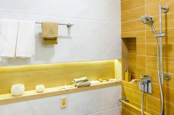 Entreprise expérimentée pour la pose et l'installation de sanitaire dans une salle de bain à Termignon